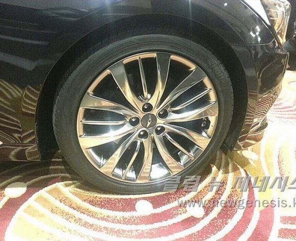 2015 Hyundai Genesis Bob Sison AutoPulse private viewing korea wheels